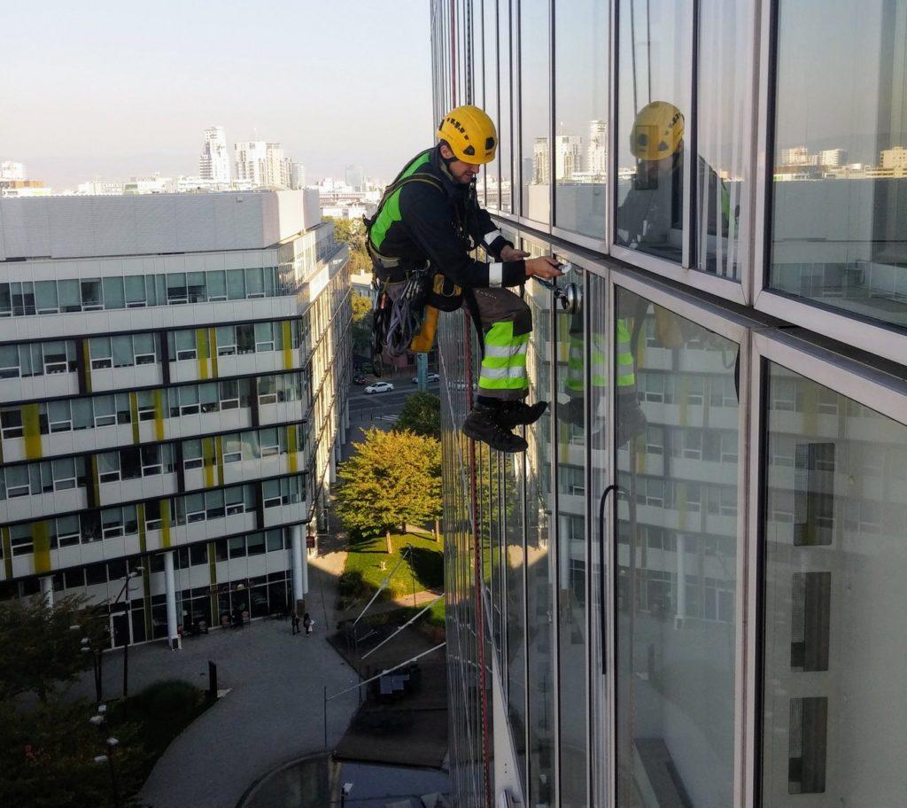 Revize těsnění fasády - Výškové práce